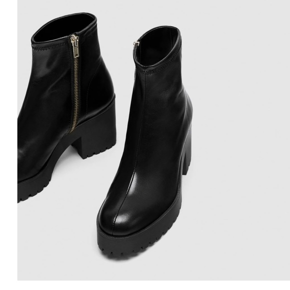 b78d150fba1c0 Zara high heel leather ankle boot track sole. M 5ac80b6772ea88ce801c0a1d